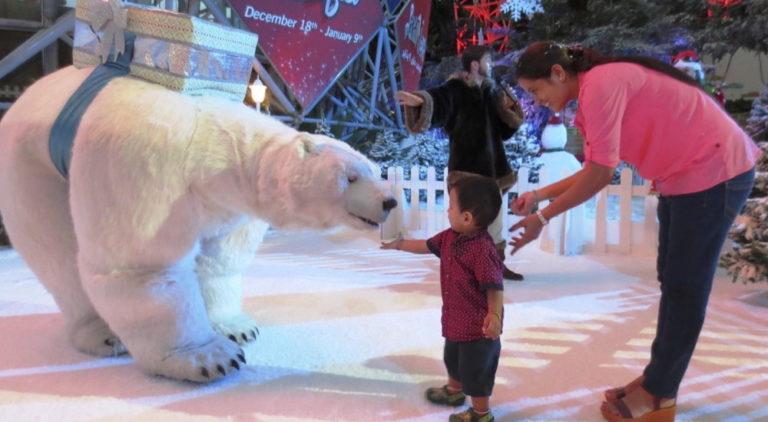 بدء فعاليّات مهرجان الشتاء في عالم فيراري أبوظبي