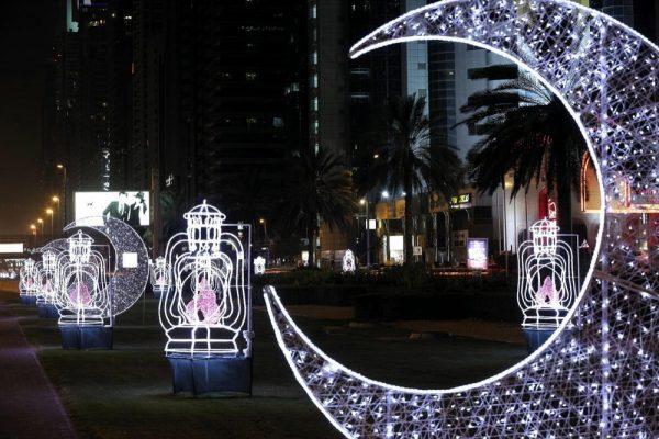 دبي تستقبل شهر رمضان المبارك بمبادرات تجسد معاني