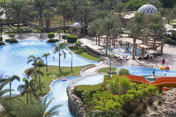 إستمتعوا بأروع الاجازات الصيفية في قصر الإمارات